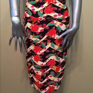 NWT LuLaRoe Cassie floral pencil stretchy skirt